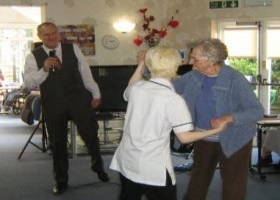 A new and brilliant entertainer for Allenbrook